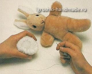 Мягкие игрушки своими руками. Зайка. Выкройка и описание 51