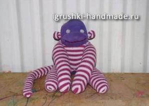 Игрушка из пуговицы своими руками