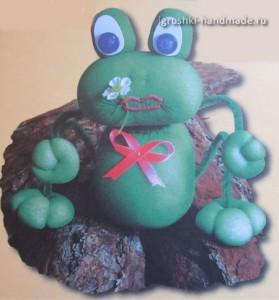 лягушонок своими руками, мягкя игрушка