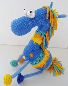Лошадка из бисера или Делаем символ 2014 года