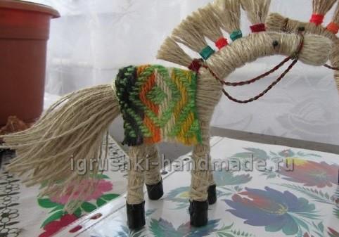 Делаем коня своими руками