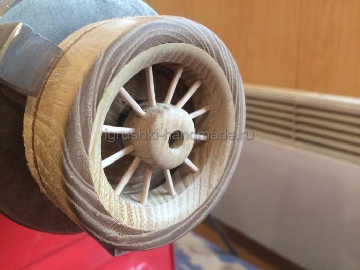 колесо деревянной машинки своими руками