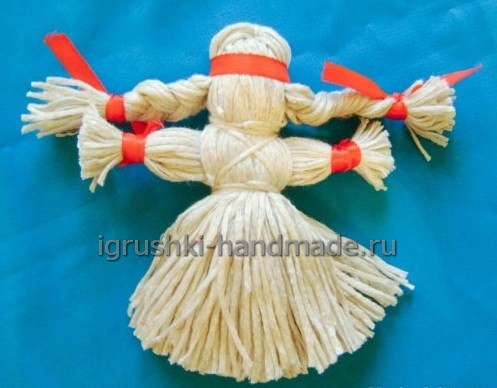 Кукла-оберег из ниток